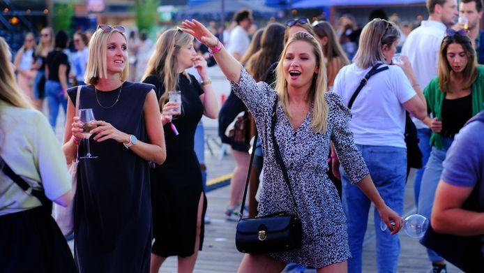 Er waren opvallend veel dames op Festival For Friends, zaterdagavond.