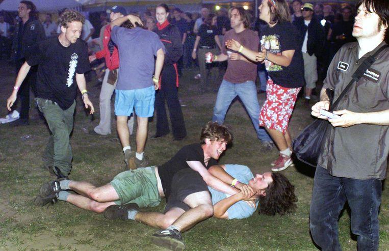 Het kan er al eens wat ruiger aan toe gaan op het Sjock Festival, ook 14 jaar geleden al.