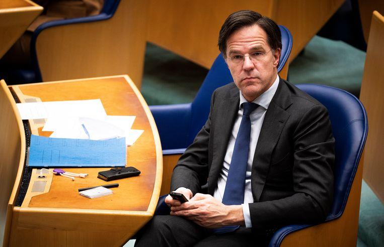 Mark Rutte tijdens het debat over de gelekte stukken van de verkenners.  Beeld Freek van den Bergh / de Volkskrant