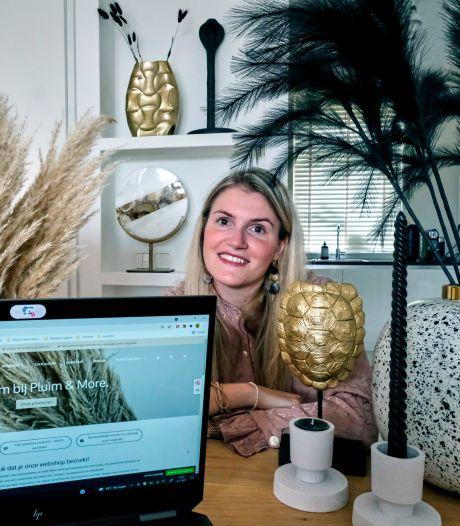 Andrea startte met haar man een webshop in pluimen: 'We plannen avondjes waarop we het niet over de shop hebben'