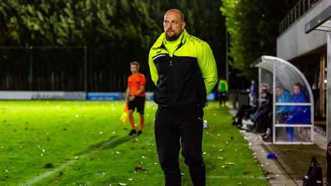 """Levi Jacobs (Erpe-Mere United) kiest voor andere aanpak: """"We hebben de trainingen bewust stopgezet"""""""