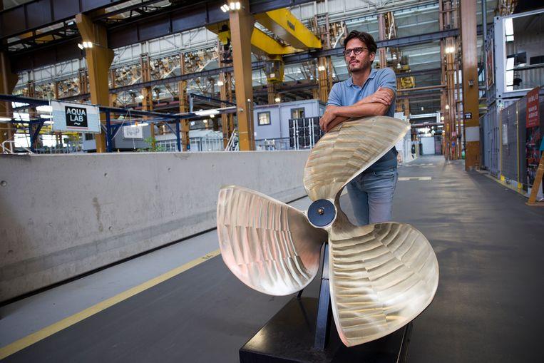 De Rotterdamse start-up Captain AI ontwikkelt algoritmes voor schepen zonder bemanning. Over enkele jaren kunnen er drijvende drones in de haven rondvaren, zegt CEO Vincent Wegener. Dat zijn inspectiebootjes die waarschuwen als er iets mis is. Beeld Arie Kievit