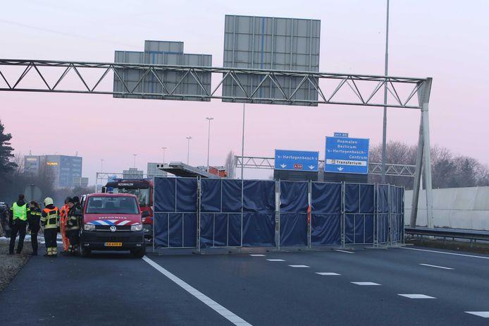 In februari 2019 kwamen drie mensen om het leven toen hun auto van de A59 bij Rosmalen raakte.