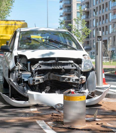 Ramptoeristen zitten eerste rij om auto's op 'horrorpollers' te zien klappen: 'Dit is gewoon pesten'