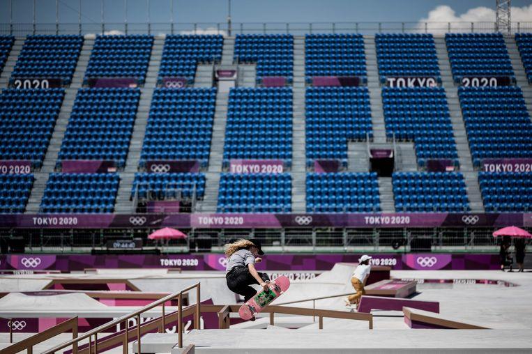 Lore Bruggeman oefent in het Ariake Urban Sports Park. Beeld AFP