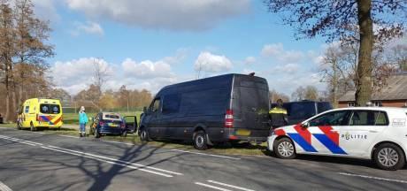 Vrouw raakt gewond bij aanrijding in Langeveen