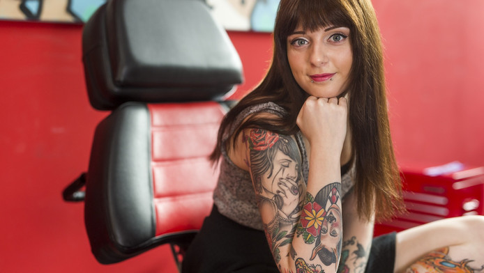 Samantha van Beek is een groot liefhebber van tatoeages. 'Alleen mijn gezicht is heilig.'