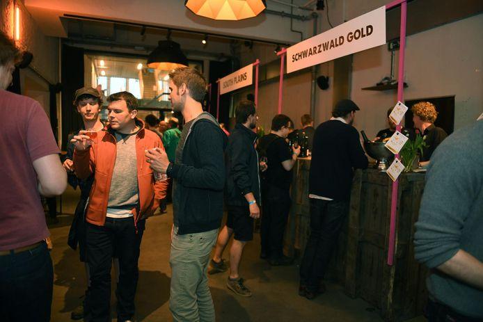 Het festival brengt bierliefhebbers uit heel de wereld samen.