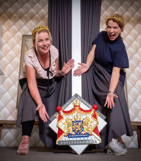 Vorstelijk eeuwfeest voor lingeriezussen Marieke en Christine uit Epe: 'We geven Máxima graag advies voor een mooi setje'