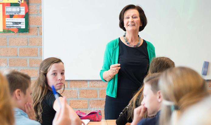 Gerda Baken-Coolen de laatste dag voor de klas.