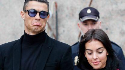 Ronaldo opent kliniek in haartransplantatie en stelt zijn Georgina meteen aan als manager