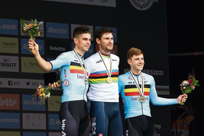 Wout van Aert stond gisteren voor de 24ste keer in z'n carrière op het podium van een wielerkampioenschap.