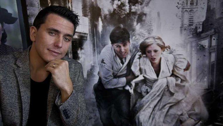 Jan Smit voor de filmposter van Het Bombardement. Beeld anp