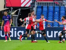 Slot zet ploeg steeds meer naar zijn hand: Feyenoord rekent in verhit oefenduel af met Atlético
