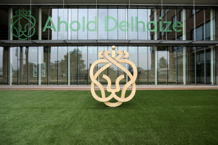 Het logo van Ahold Delhaize bij het hoofdkwartier in Zaandam. Beeld REUTERS