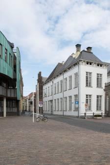 Honderden euro's aan thuiswerkvergoeding voor ambtenaren in Zutphen en niet alleen dit jaar