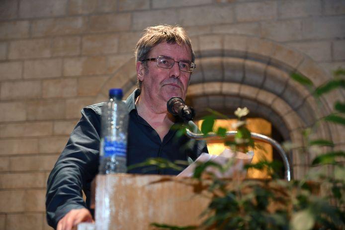 Luc Vanheerentals van de Leuvense Persclub maakte de winnaars bekend in het historische stadhuis van Leuven.