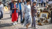 Chinese toeristen ontdekken de antiekmarkt