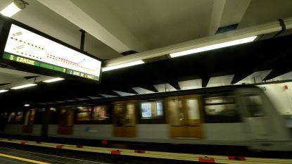 Staking MIVB: metrolijn 1 opgestart, 21 buslijnen rijden uit