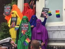 PvdA bedolven onder boze reacties na boerka-foto