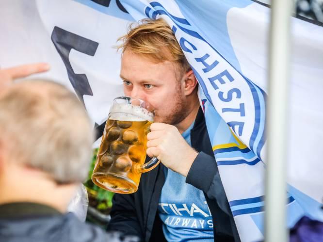 """REPORTAGE. Cheers! 1.500 Britse fans genieten van Belgisch bier in Brugge: """"Wat een fantastische stad!"""""""