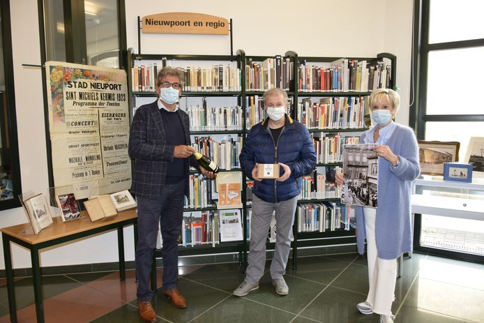 Mario met burgemeester Geert Vanden Broucke en schepen Ann Gheeraert