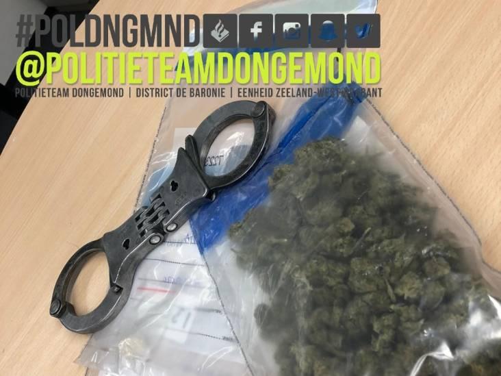 Man uit Raamsdonksveer dealt vanuit huis, meerdere drugs en medicatie gevonden