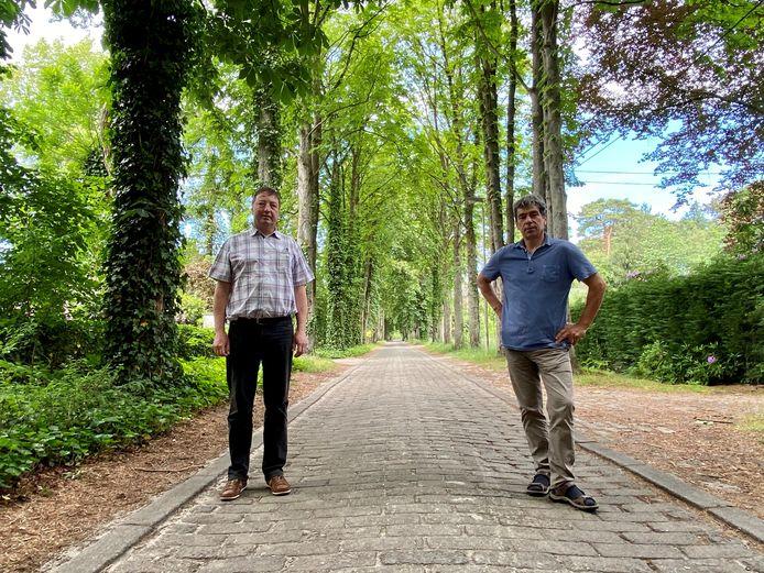 Bewoners Dirk Janssens (links) en Kris Versmissen (rechts) in de Mostheuvellaan.