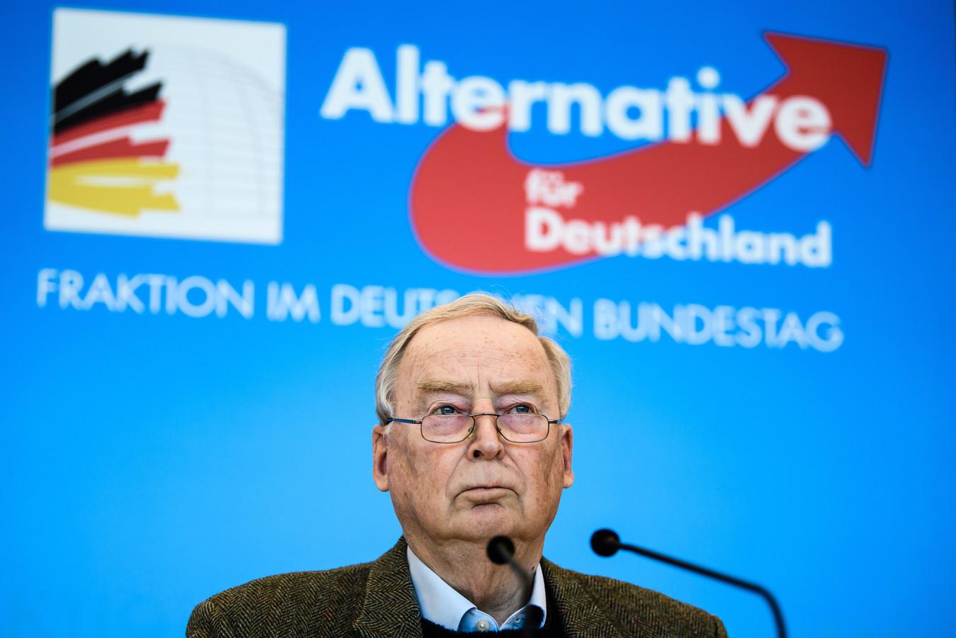 Alexander Gauland, federaal woordvoerder van de AfD en voormalig partijvoorzitter, tijdens een persverklaring na het nieuws over de verdenking van rechts-extremisme.