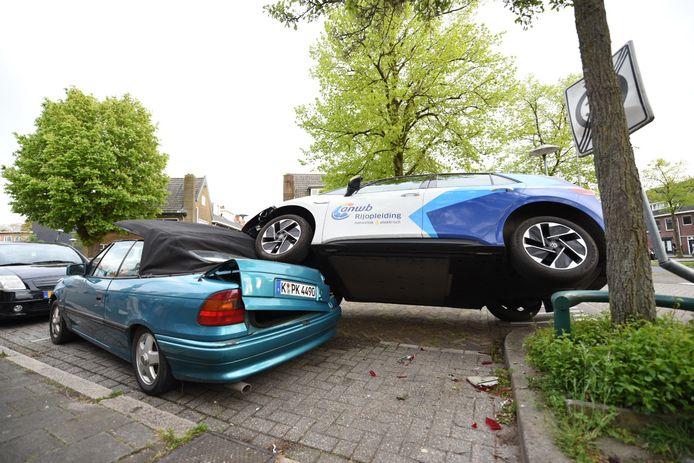 Het eind van een rijles in Utrecht kreeg een bizarre wending.