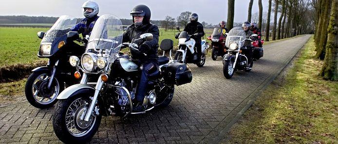 Motortoerclub Bredevoort mag eindelijk beginnen met het bouwen van een clubhuis.