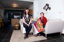 Jolien Vanden Driessche en haar vriendin Mieke Vanmunster in hun nieuwe huis in Eksaarde.