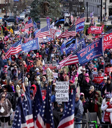 LIVE | Duizenden betogers steunen Trump, justitieminister gevraagd af te zien van onderzoek verkiezingsfraude