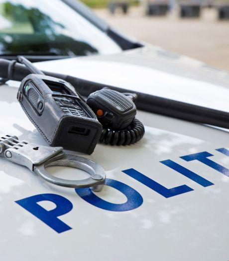 Politie doet inval in pand Someren