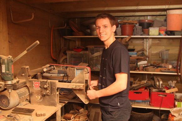 Casper Michiels leerde zichzelf om hoge kwaliteitsmessen te maken.