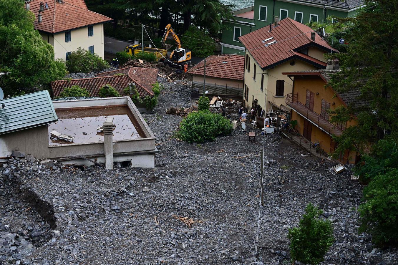 Een aardverschuiving in Laglio, bij het Como-meer.