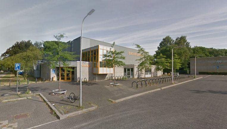 Het incident gebeurde in de Develhal, een sportzaal in het Nederlandse Zwijndrecht.