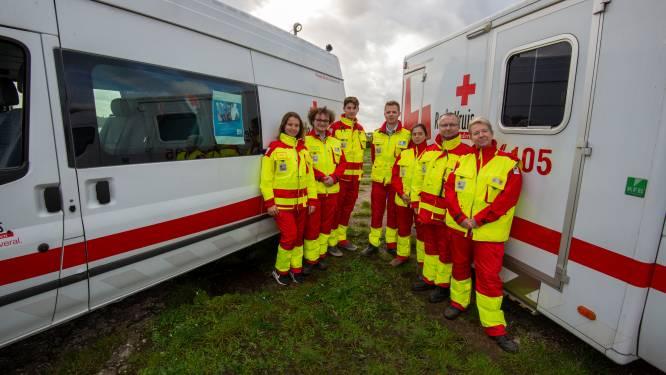 """Rode Kruis start opnieuw met stickerverkoop: """"Niet op kruispunten maar wel op markten en aan warenhuizen of online"""""""