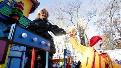Rita Ora mikpunt van kritiek na playbacken op Thanksgiving Parade in New York