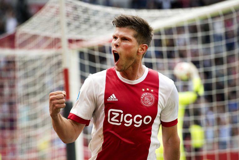Bij Ajax gaf Huntelaar alles om te scoren en hij vierde elk succes, zoals deze 1-0 in 2017 tegen Groningen.  Beeld ANP