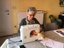 Vrijwilligers van Thuiszorg Kempen maakten meer dan 1.000 mondmaskers
