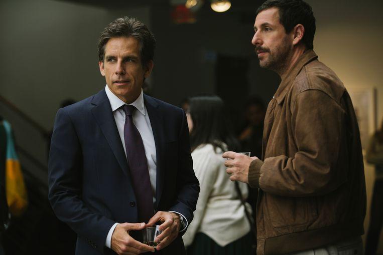 Ben Stiller en Adam Sandler spelen de hoofdrollen in 'The Meyerowitz Stories'. Beeld Netflix