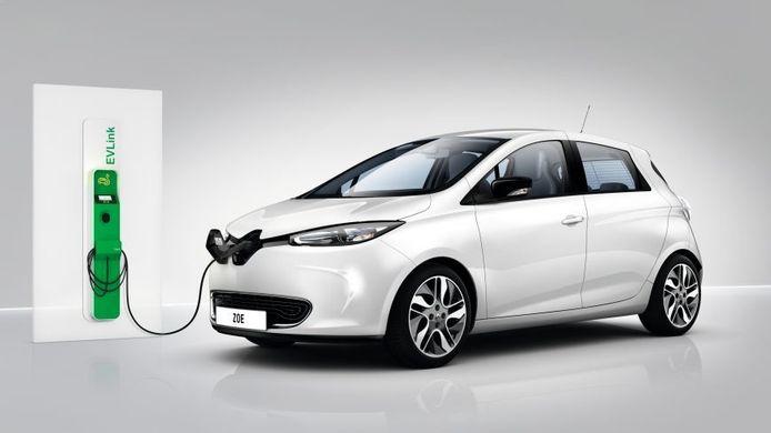 De gemeente Ermelo heeft twee van deze Renault Zoe auto's gekocht voor eigen gebruik en verhuur.