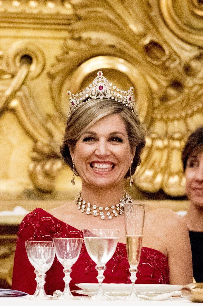 Koningin Maxima bij het staatsbanket tijdens het staatsbezoek van het koninklijk paar aan Italië.