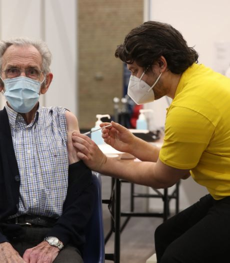 GGD-directeur Ellis Jeurissen: 'We verwachten meer overgebleven vaccins uit de ziekenhuizen'