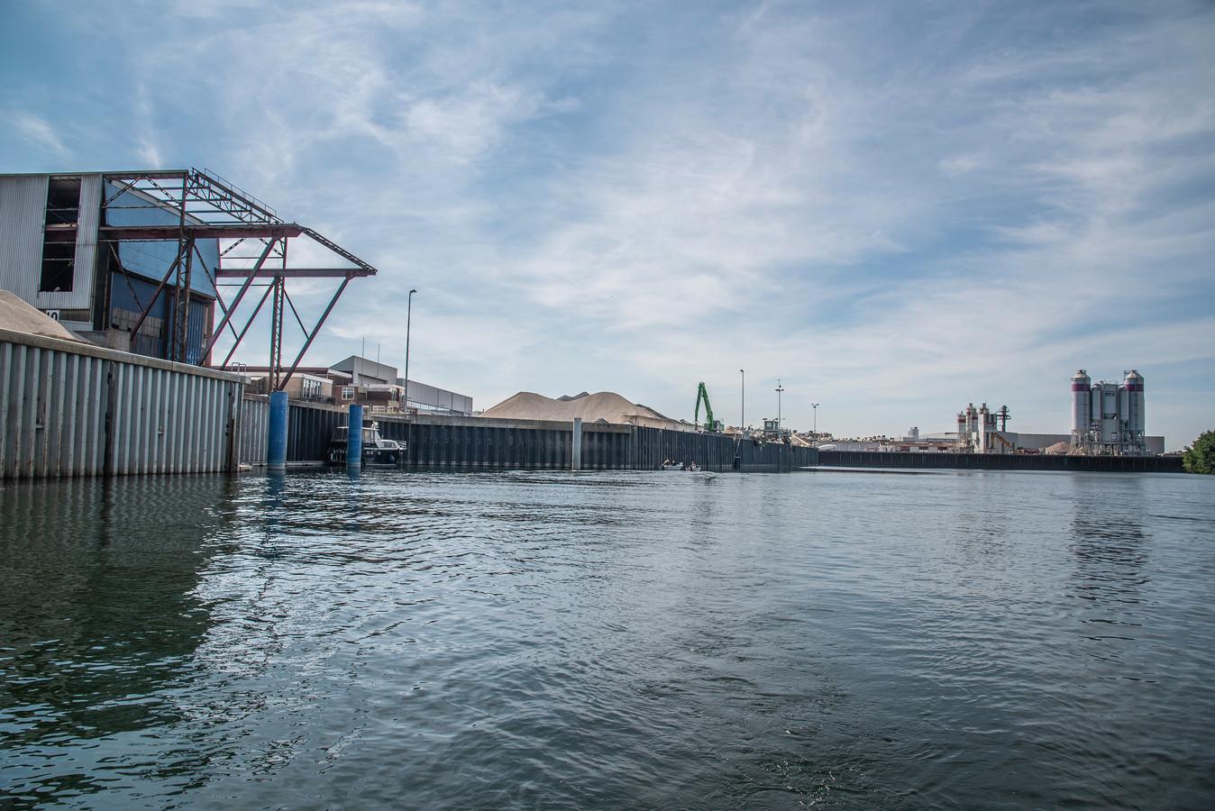 De haven van Heijen.