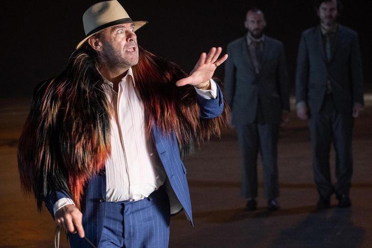 Uit 'Wachten op Godot' van Olympique Dramatique. Beeld © kurt van der elst | kvde.be