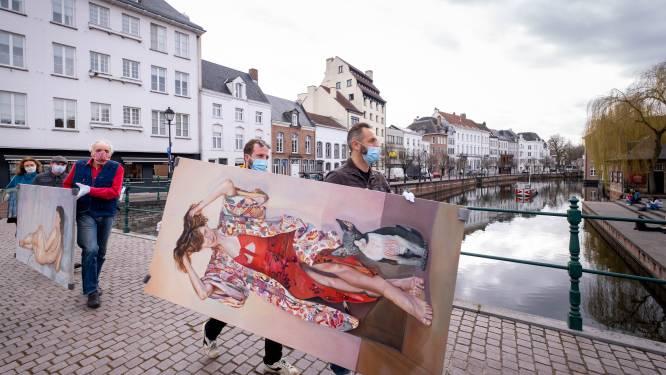 En toen kwam er een stoet schilderijen voorbij: galerij Artisjok verhuist van Rechtestraat naar nieuwe pop-up op Grote Markt