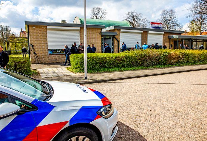 De gebedsoproep zorgde vooraf voor behoorlijk wat onrust in de Alblasserdamse buurt.