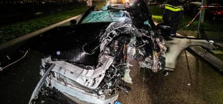 Milo ziet bebloede jongens op gras liggen na zware crash Arnhem: 'Iedereen was in paniek'
